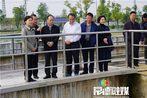 省政协主席会议成员视察我市生态环境治理