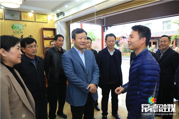 曹立军率常德党政代表团赴古丈县考察对口支援工作