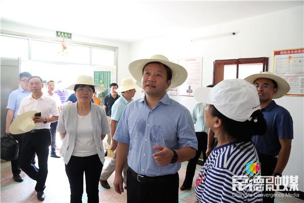 曹立军赴临澧、石门调研乡村产业发展和民生实事工作