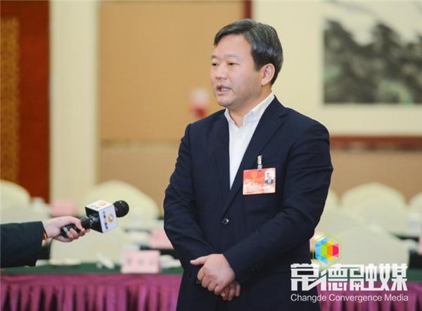 曹立军接受湖南经视采访时指出:牢牢把握发展机遇 努力推进常德经济社会新发展