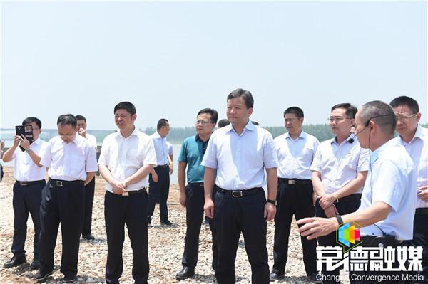 曹立军实地检查水污染防治和防汛工作